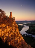 kinoull, castle, folly, sunset, perth, perthshire, scotland, river, tay, meanders, moon, cliff, earl of kinoull