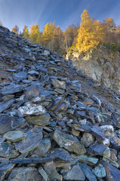 quarry, birnam, perthshire, scotland, slate, quarry, trees blue, yellow, image, photo