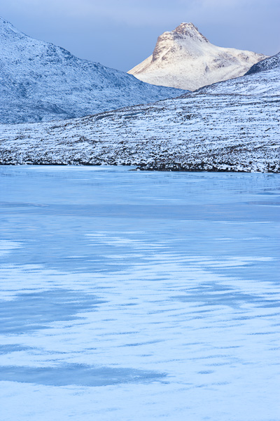 stac, pollaidh, polly, britain, peaks, character, frozen, loch, colour contrast, assynt, inverpolly, scotland, photo