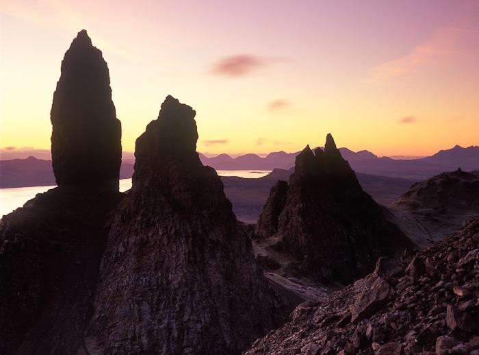 skye, scotland, old man of storr, storr, outdoor scenery, landslip, pinnacles, cuillins, hill, britain, dawn, photo